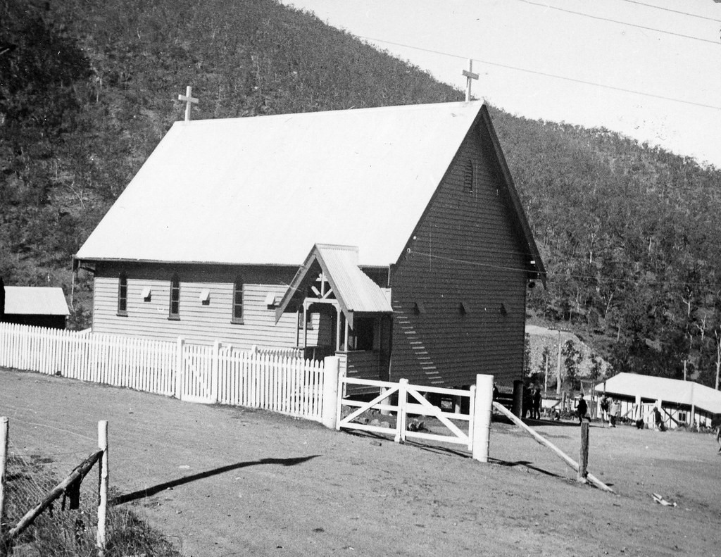 New England Genealogy by popular US online genealogists, Price Genealogy: black and white image of a church.